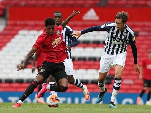 Theo dõi các trận đấu của Manchester United để phân tích năng lực cầu thủ